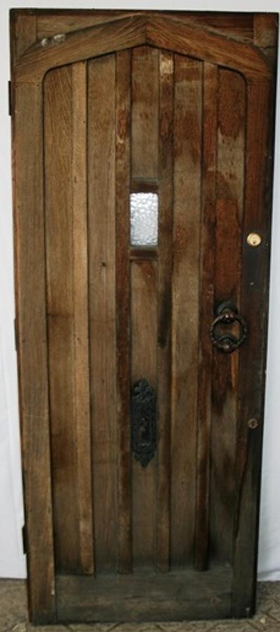 DE0713 An Oak Cottage Door in Tudor Gothic Style