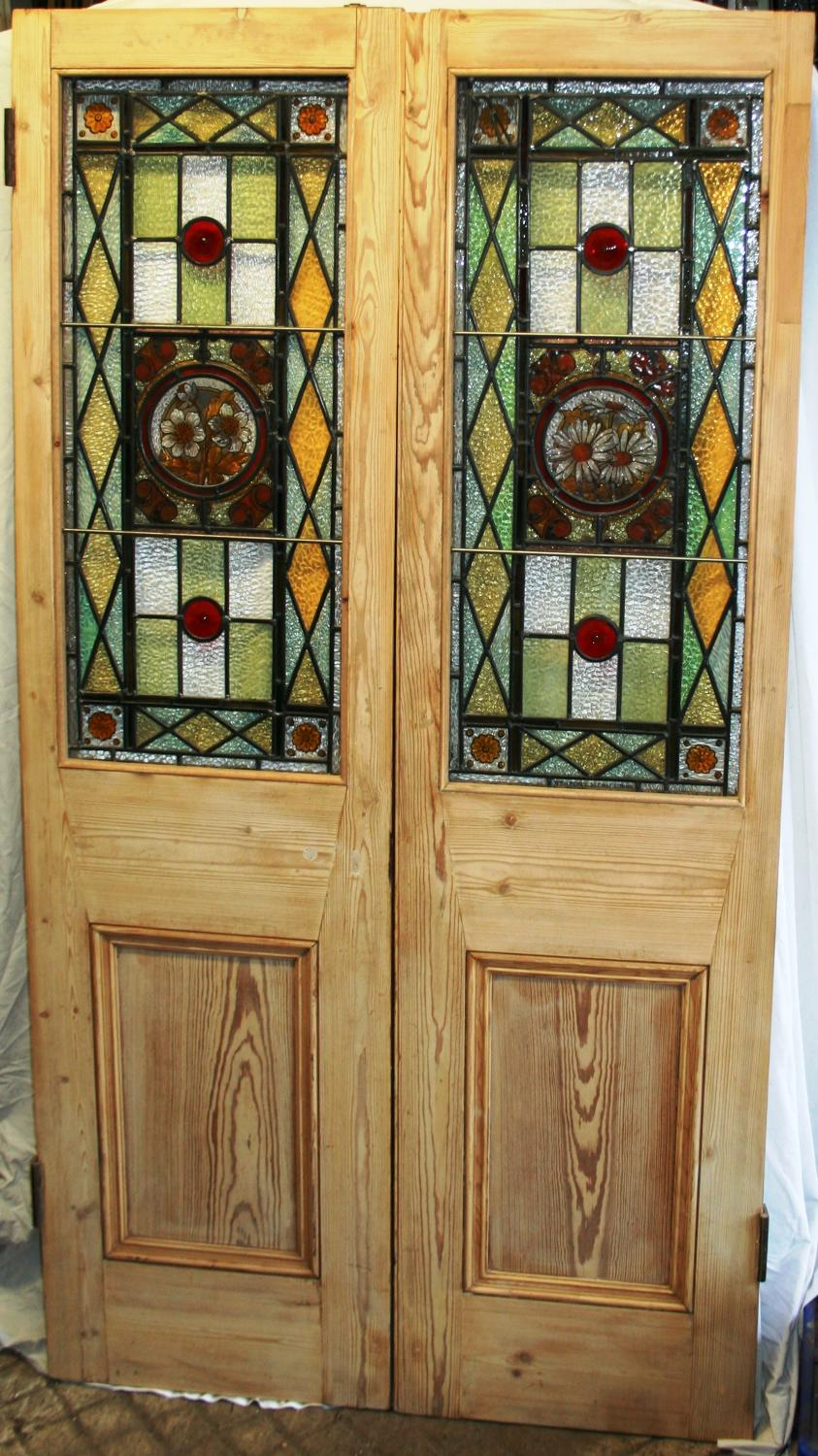DP0227 A Beautiful Pair of Victorian Stained Glass Pine Doors