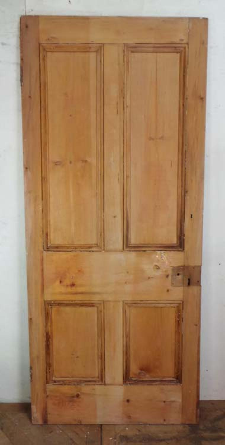 DB0402 A TRADITIONAL LARGE VICTORIAN PANELLED PINE DOOR