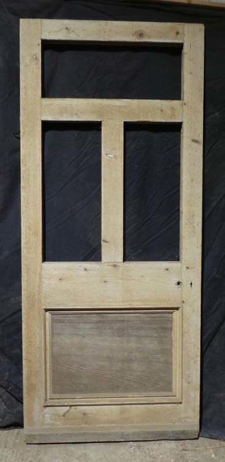 DB0409 ORIGINAL VICTORIAN PANELLED PINE DOOR