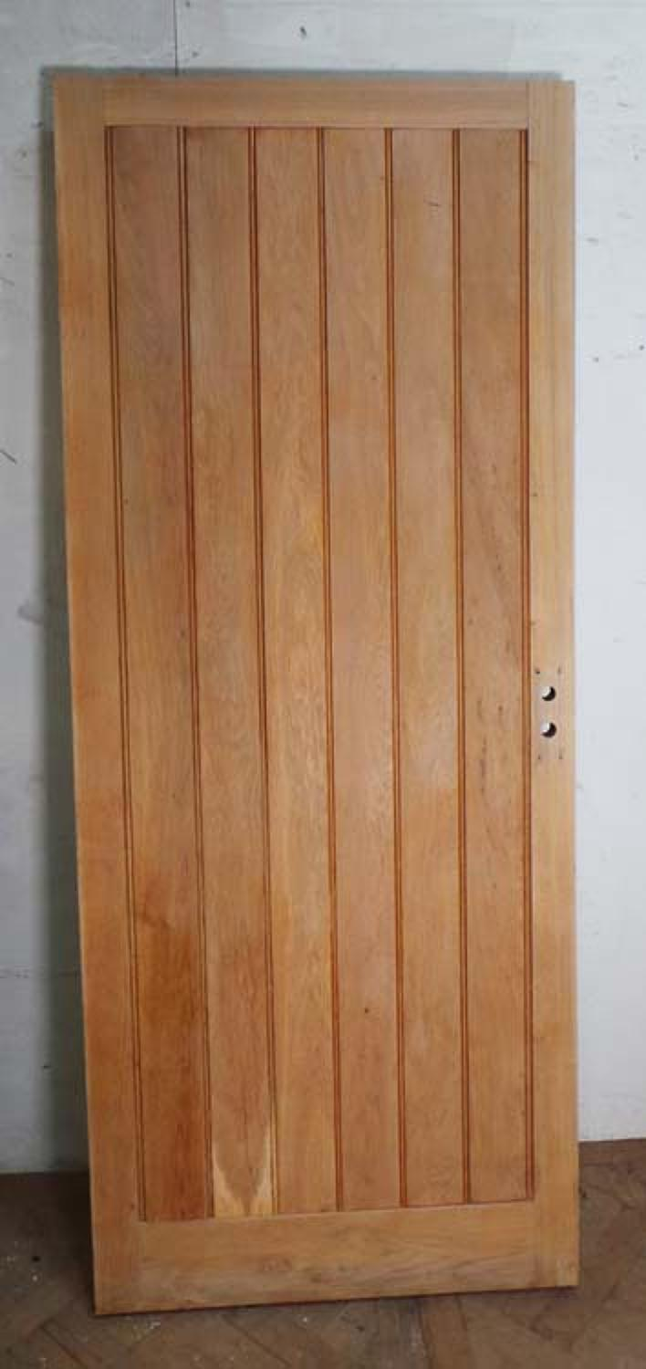 DB0438 STUNNING SOLID ENGLISH GOLDEN OAK FRAMED, PLANKED DOOR