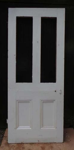 DB0466 A CLASSIC VICTORIAN LARGE PANELLED PINE DOOR