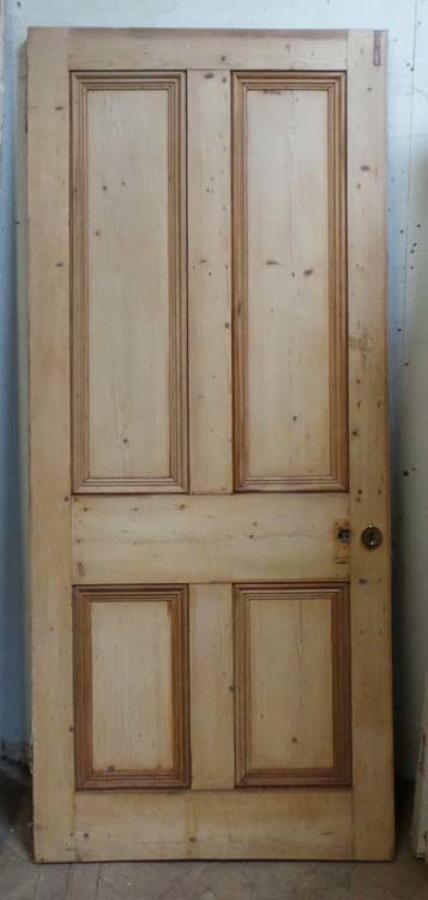 DB0474 LARGE VICTORIAN PANELLED PINE DOOR