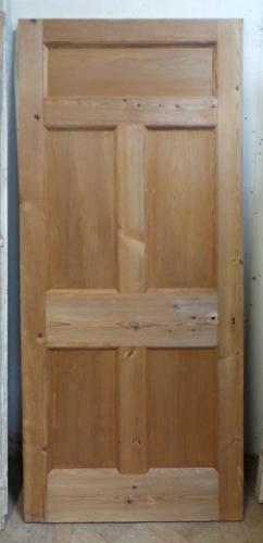 DB0479 A LOVELY VICTORIAN PINE PANELLED DOOR