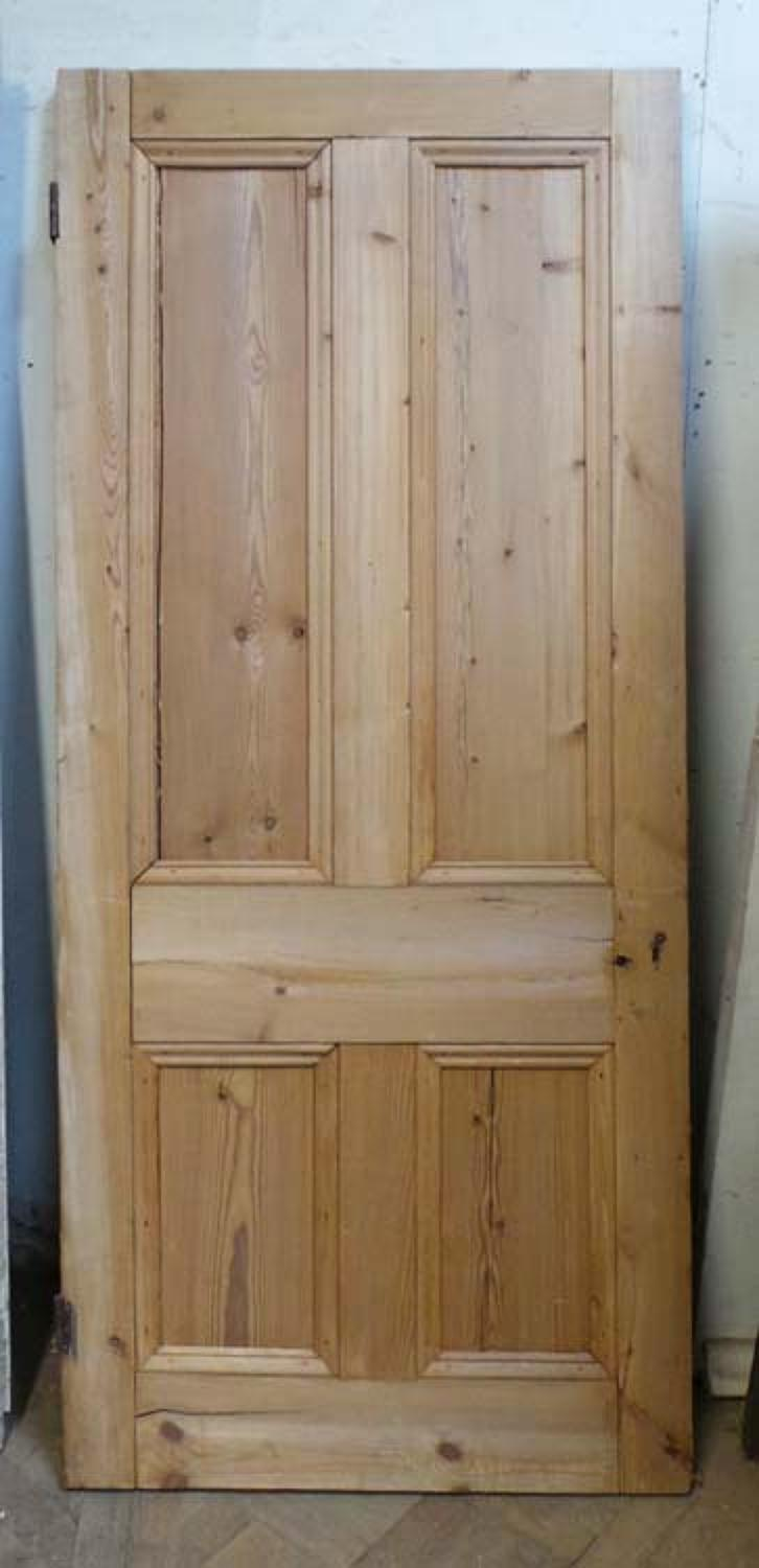 DB0480 A CLASSIC VICTORIAN PANELLED PINE DOOR
