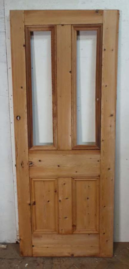 DB0491 A CLASSIC VICTORIAN PANELLED PINE DOOR
