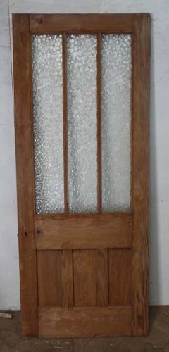 DB0500 REGENCY/EARLY VICTORIAN PANELLED PINE DOOR AND ORIGINAL LININGS