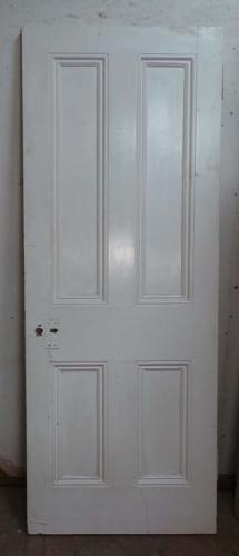 DB0543 A TRADITIONAL VICTORIAN PANELLED PINE DOOR