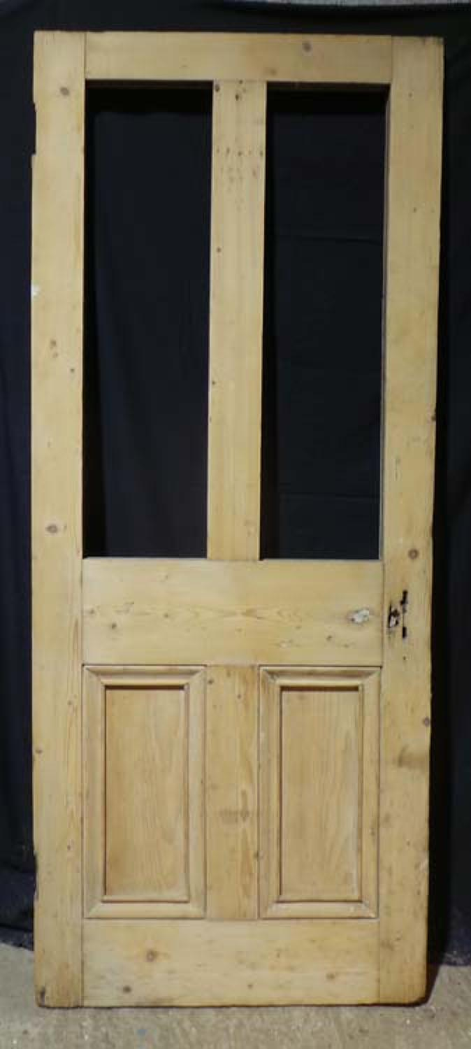 DB0607  A CLASSIC VICTORIAN PANELLED PINE DOOR