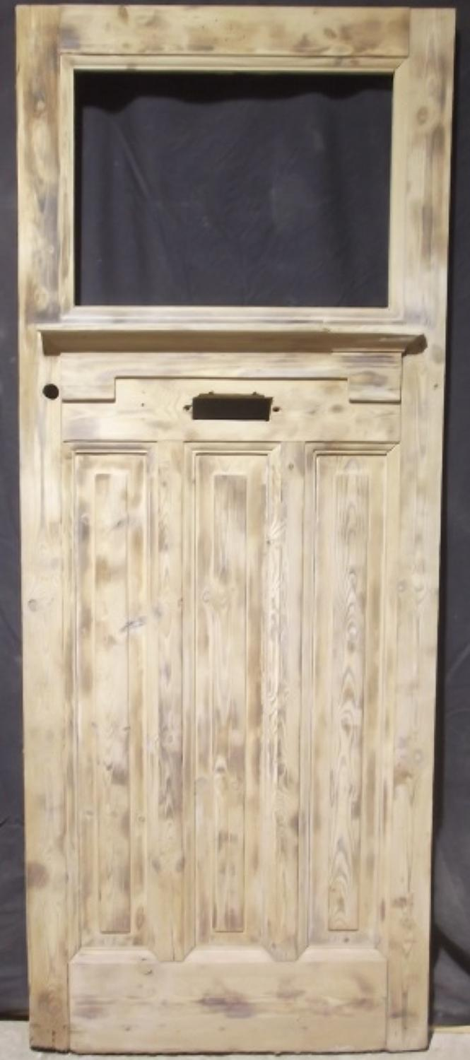DE0373 Edwardian Panelled Pine Door c.1925 with Apron and Shelf