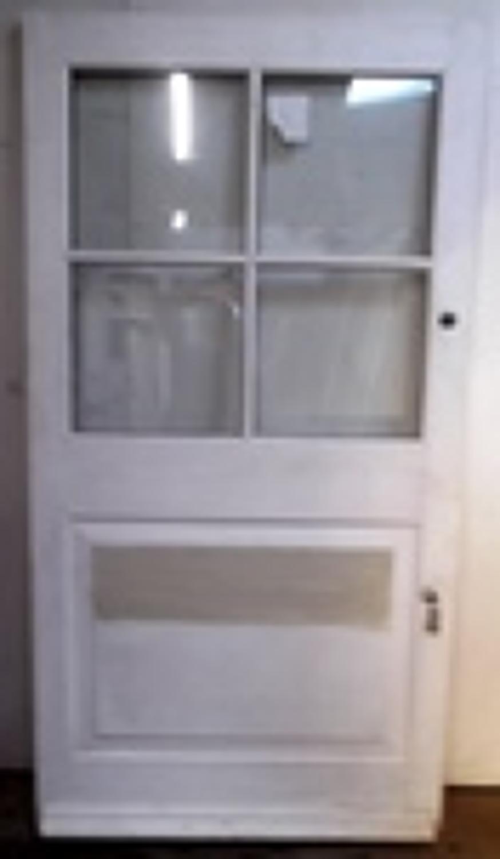 DE0419 A Wide Edwardian Front door
