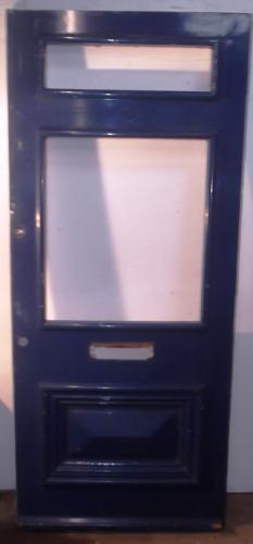 DE0445 A Chunky, Victorian Pine Front Door