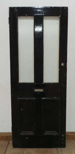 DE0581 AN ORIGINAL VICTORIAN PANELLED PINE DOOR