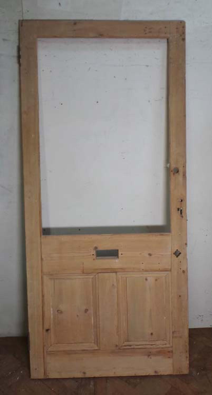 DE0612 LARGE VICTORIAN PINE PANELLED FRONT DOOR FOR GLAZING