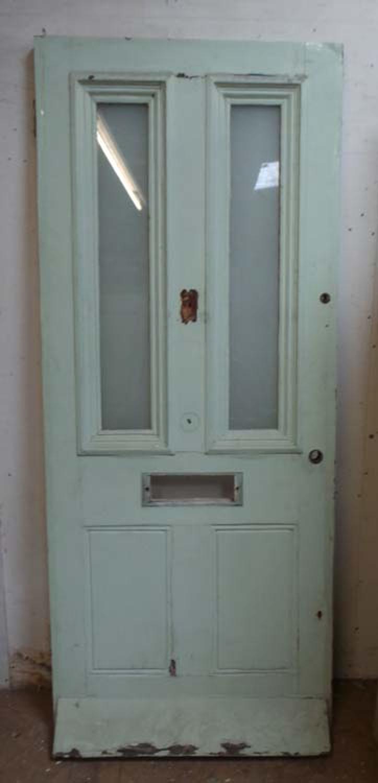 DE0627 A CLASSIC VICTORIAN PANELLED PINE DOOR