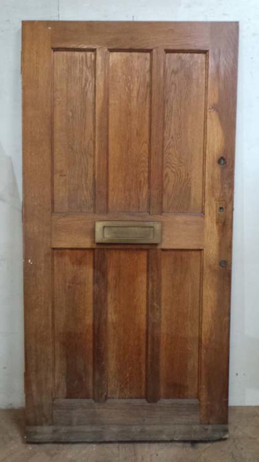 DE0637 AN EDWARDIAN STYLE ENGLISH OAK DOOR