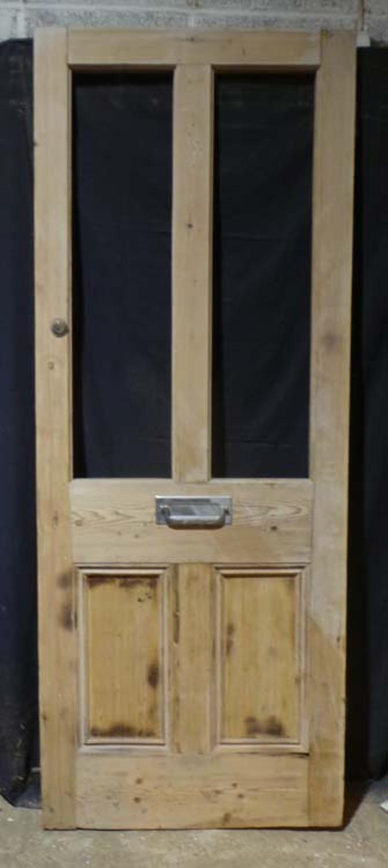 DE0701 A TRADITIONAL VICTORIAN PANELLED PINE DOOR