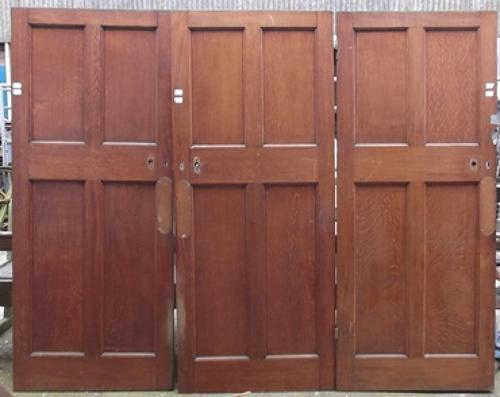 DI0331 3 Good Quality Solid Oak, Early Edwardian Arts & Crafts Doors