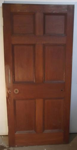 DI0368 A Victorian Oak, 6 Panelled Door for Internal Use