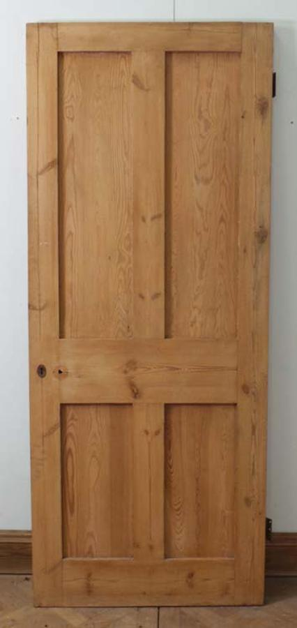 DI0466 LOVELY VICTORIAN PINE FOUR PANELLED DOOR