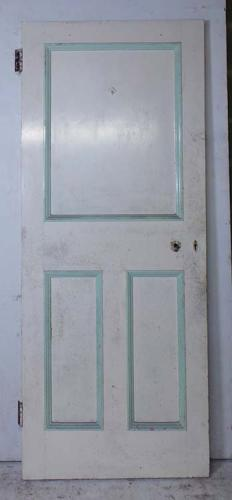 DI0625 UNUSUAL VICTORIAN PINE PANELLED DOOR