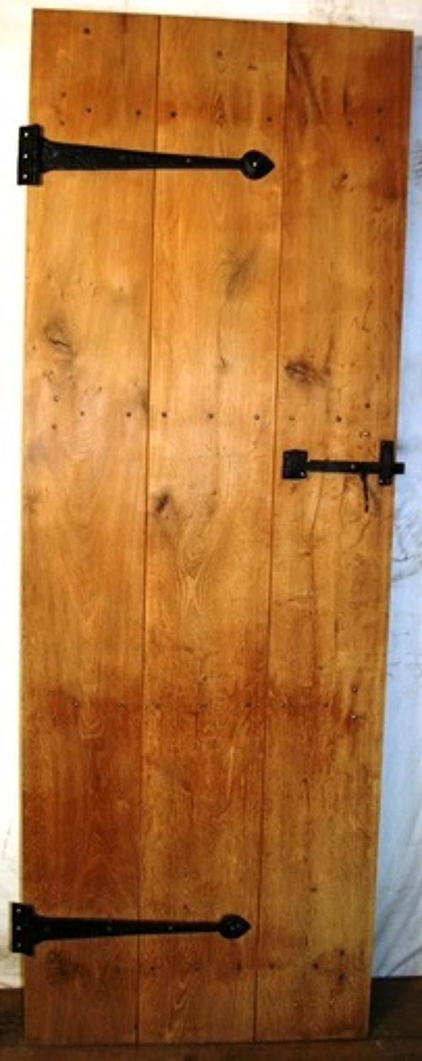 DI0634 An Oak Cottage Door, Suitable for Internal Use