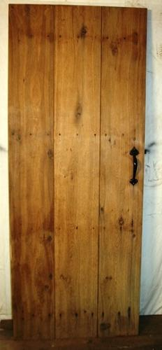 DI0635 An Oak Cottage Door, Suitable for Internal Use