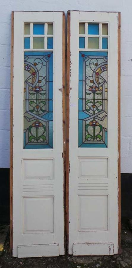 DP0148 STUNNING PAIR OF EUROPEAN ART NOUVEAU STAINED GLASS DOORS