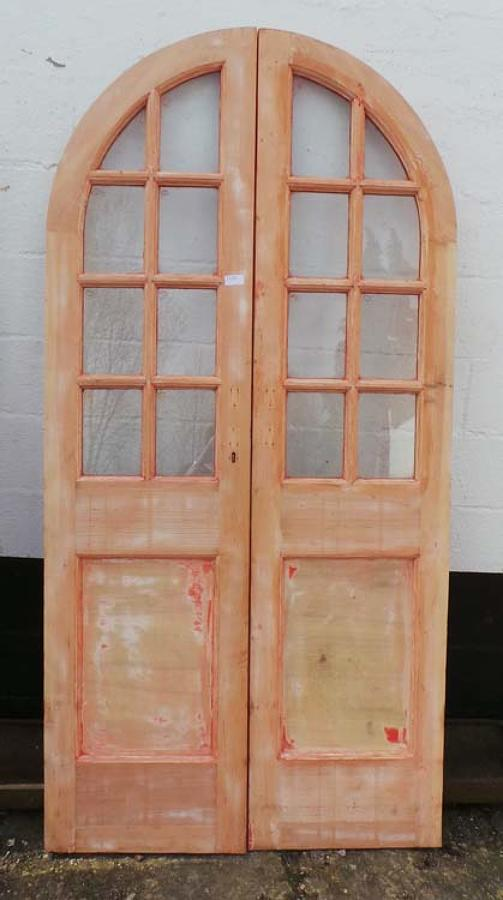 DP0150 LOVELY PAIR OF EDWARDIAN PINE ARCHED GLAZED DOORS