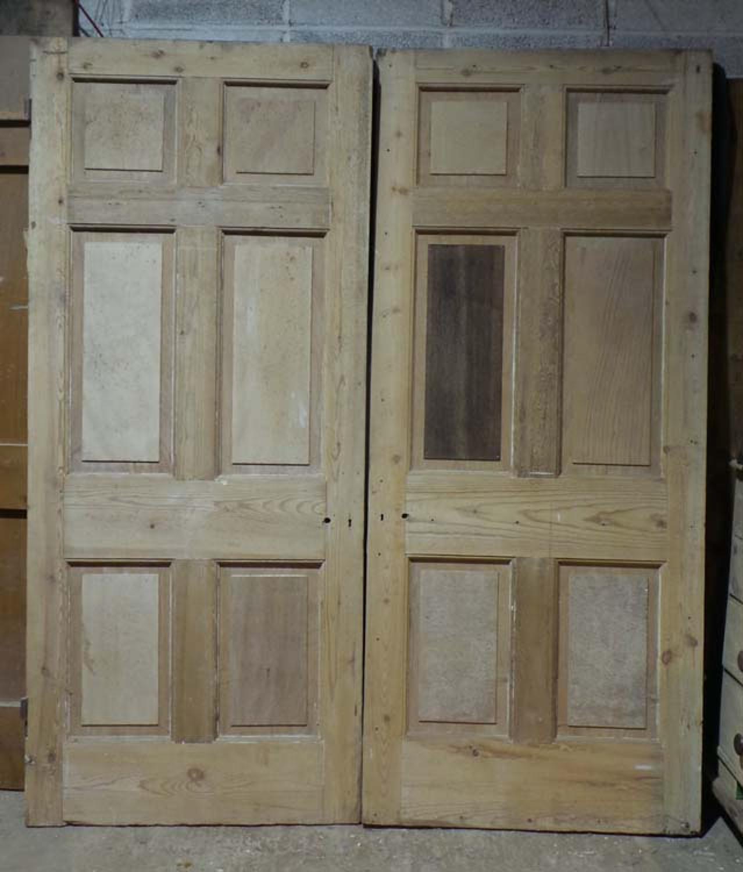 DP0223 LOVELY PAIR OF EDWARDIAN PINE PANELLED DOORS