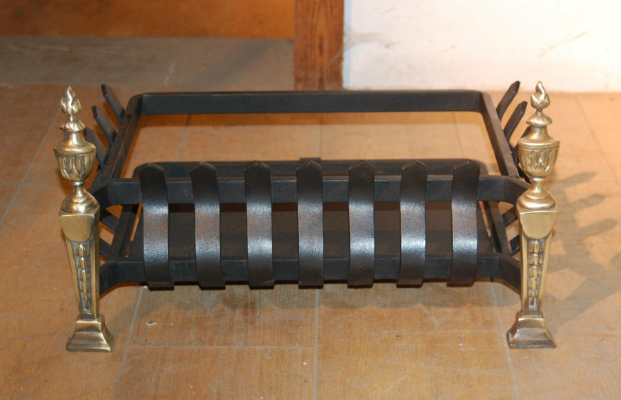 FB0016 A Decorative Reclaimed Brass and Cast Iron Fire Basket