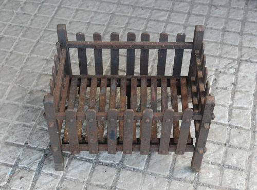 FB0018 A Reclaimed Cast Iron Fire Basket for Garden Fire Pit Use