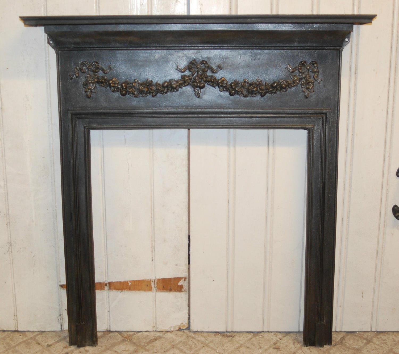 FS0017 A Pretty and Decorative Victorian Cast Iron Fire Surround