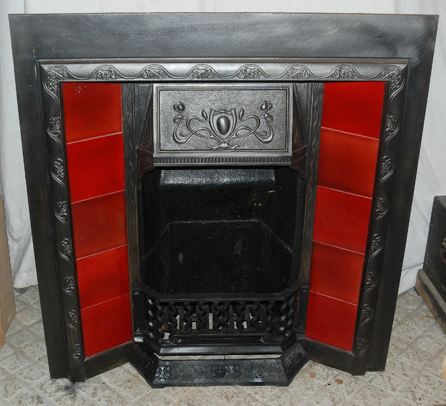 FI0008 A Very Pretty Cast Iron Art Nouveau Fire Insert with Red Tiles