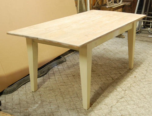An Attractive Rustic / Shabby Chic Table with Oak Top ref.801