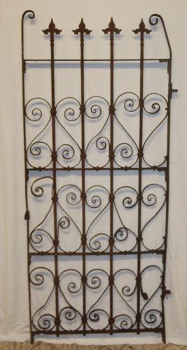 A Pretty Antique Cast Iron Garden Gate ref 791