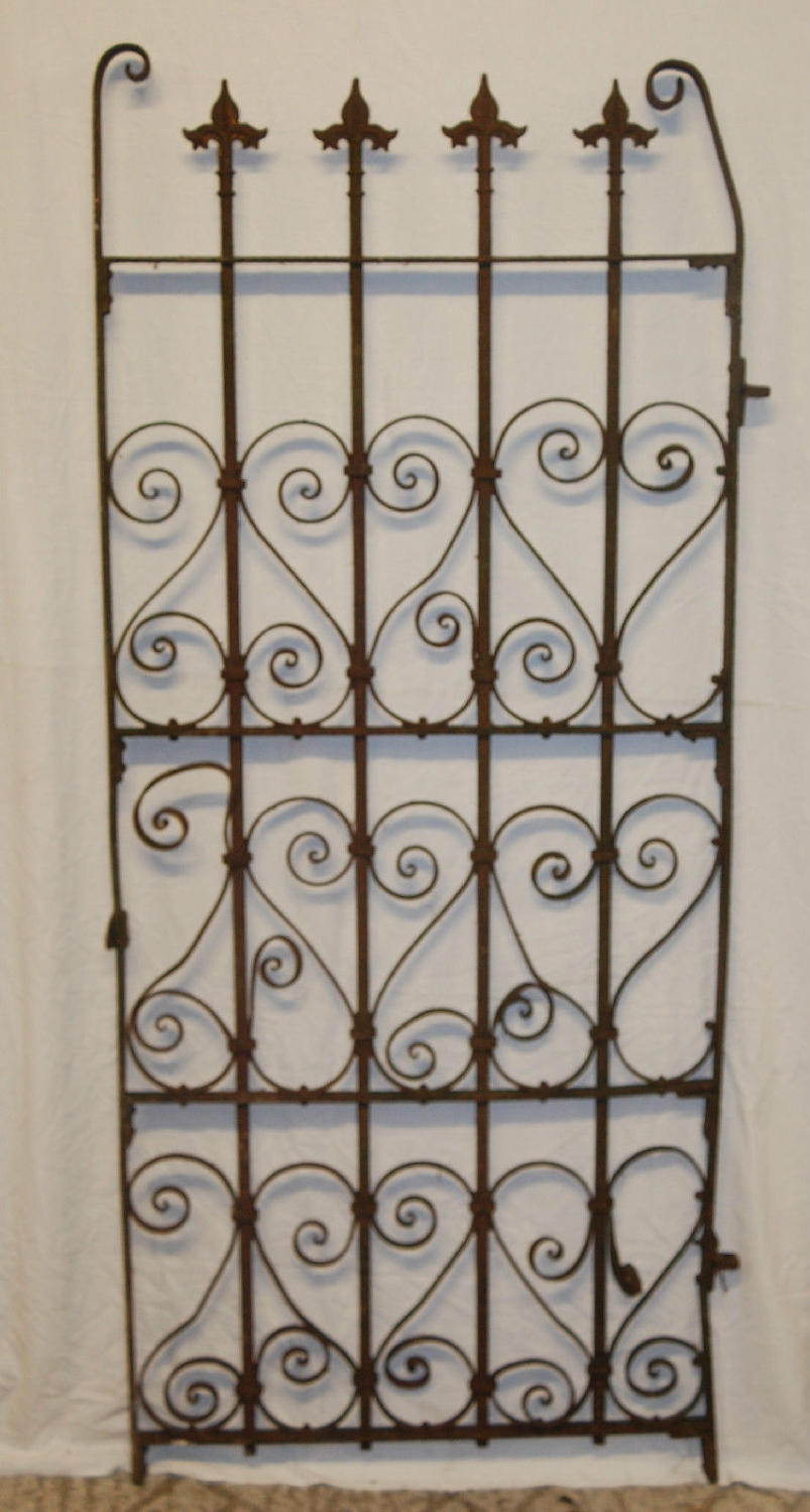 A Pretty Antique Cast Iron Garden Gate ref 791