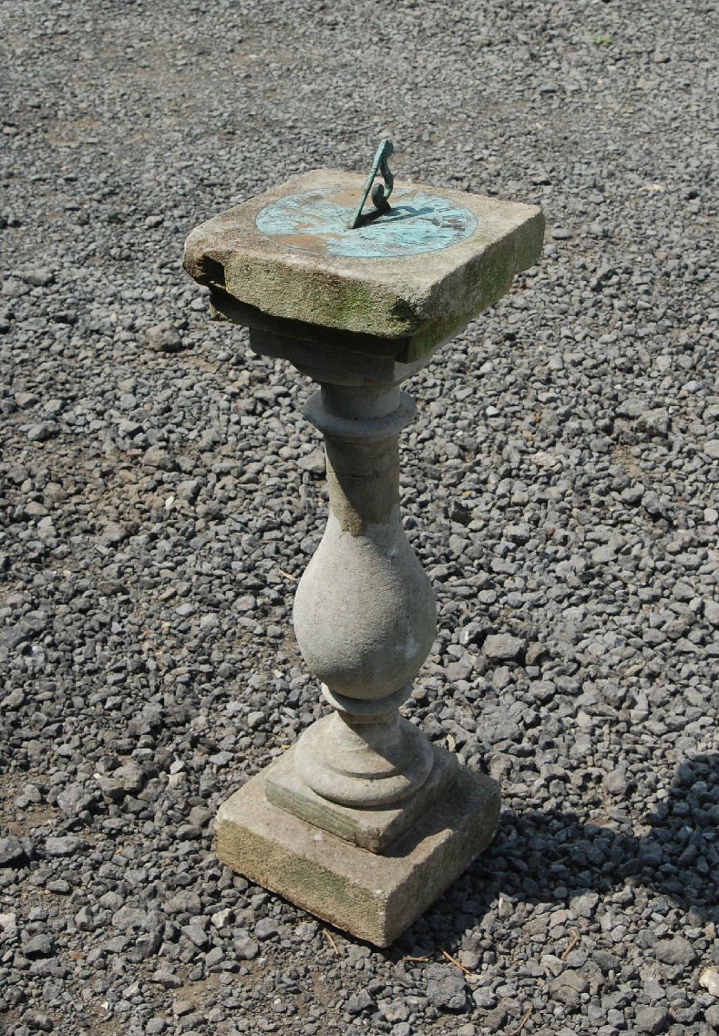 An Antique Garden Sundial with Pretty Face ref 716