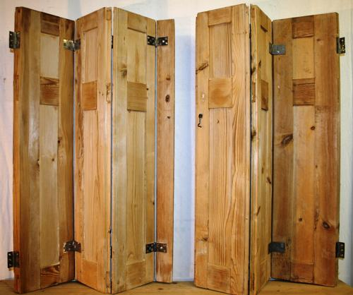 CS0002 A Pair of Georgian Stripped Pine Shutters, with 6 Shutters