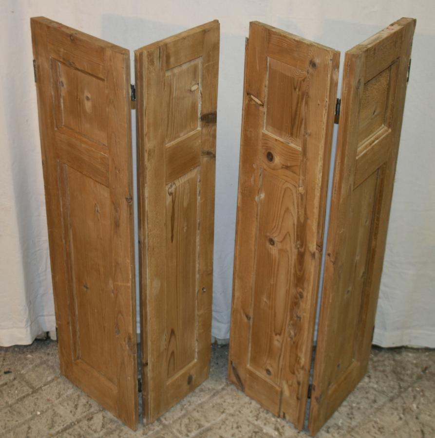 CS0010 A Pair of Georgian Stripped Pine Shutters w 4 Shutters