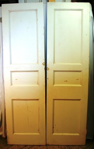 DP0228 A Pair of Late Victorian Pine Panelled Internal/Wardrobe Doors