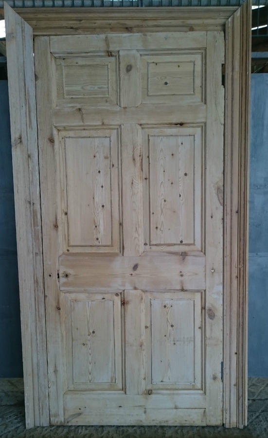 DI0649 Rare Georgian 6 Panel Pine Door with Architrave