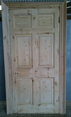 DI0649 Rare Georgian 6 Panel Pine Door with Architrave