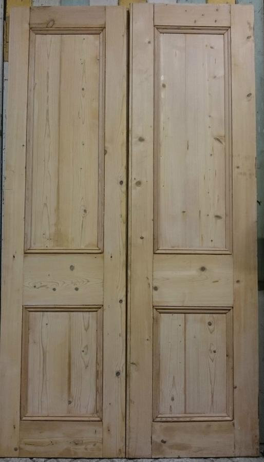 DP0231 A Pair of Late Victorian Pine Panelled Internal/Cupboard Doors
