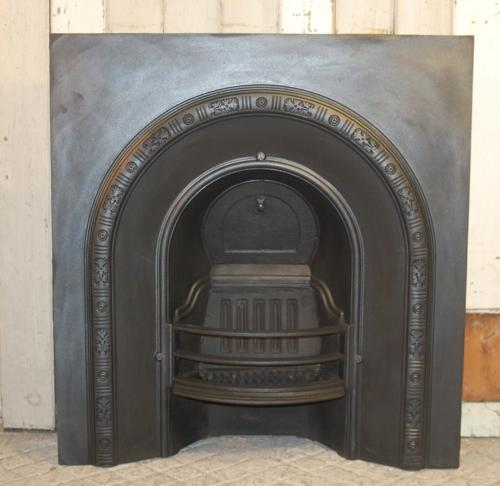 FI0013 A Late Victorian Cast Iron Fire Insert