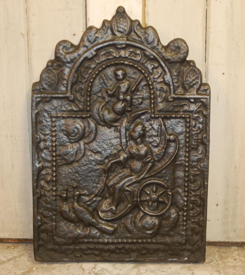 FB0027 A Large and Heavy Reproduction Cast Iron Fire Back