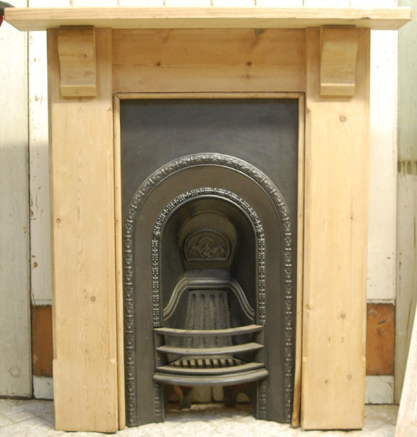 FS0032 Victorian Cast Iron Fire Insert and Pine Surround for Bedroom
