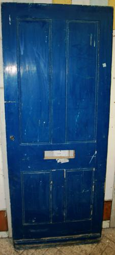 DE0747 A Traditional, 4 Panelled, Victorian Front Door