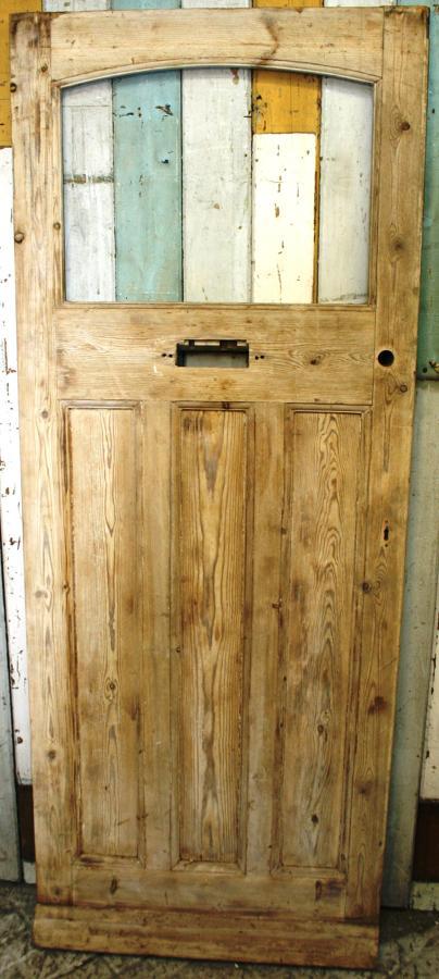DE0767 An Elegant Edwardian Pine Front Door