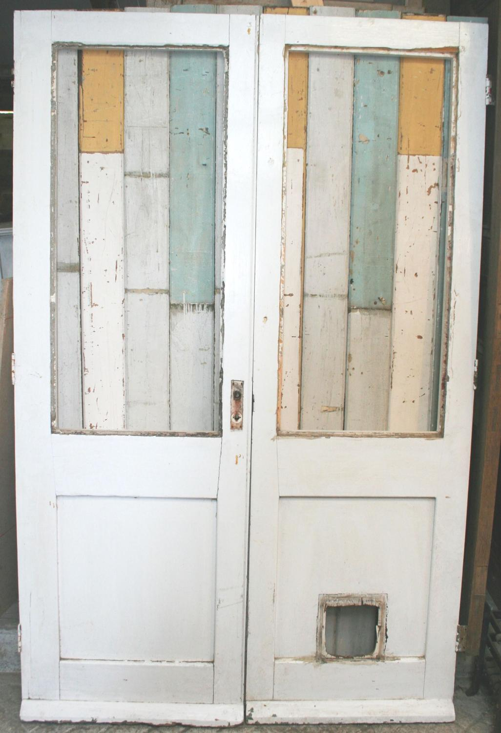 DP0235 A Pair of Painted Pine French Doors